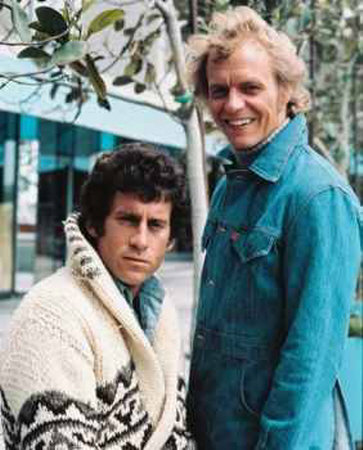 http://jangawolof.files.wordpress.com/2008/06/starsky-hutch-photograph-c12142724.jpeg